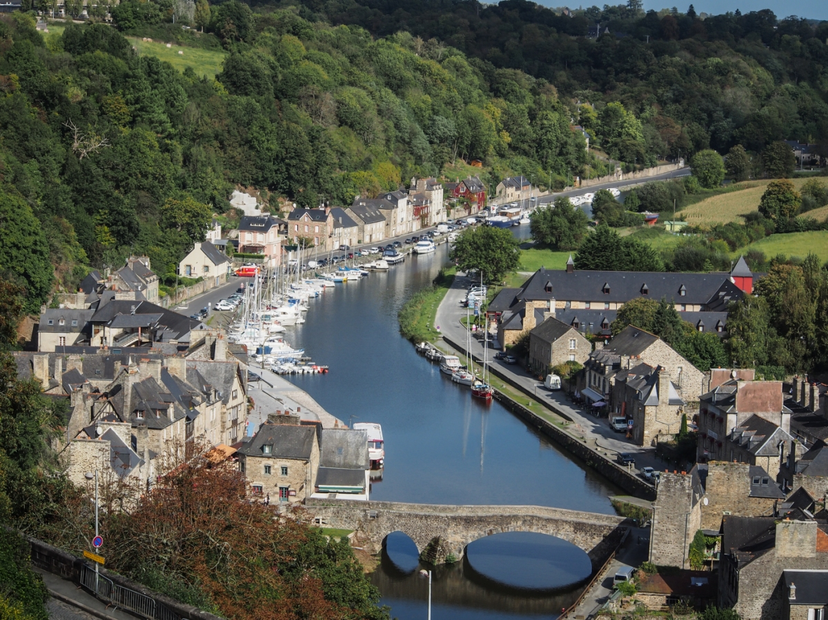Holiday 2: Le Clerc, and Dinan